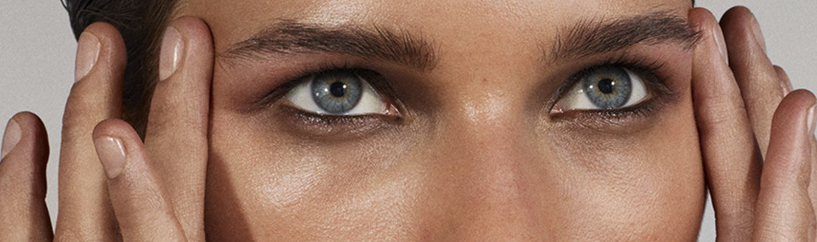 VOGUE Paris ·  3 Golden Rules For Taking Care Of The Skin Around Your Eyes
